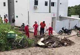 Após fortes chuvas, muro de residência desaba em João Pessoa