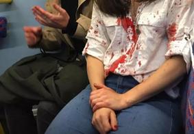 Casal de mulheres é agredido dentro de ônibus em Londres