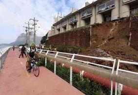 Parte de muro de motel desaba na Avenida Niemeyer, no Rio de Janeiro