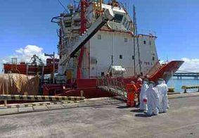 Tripulantes de barco com paraibano que testou positivo para Covid-19 são monitorados em Sergipe