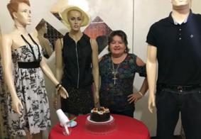 Para evitar aglomeração, empresária comemora aniversário com manequins na PB