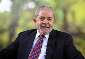 Ex-presidente Lula recebe título de cidadão honorário de Paris