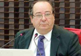 Arthur Cunha Lima pede aposentadoria após ser afastado do TCE