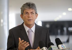 STJ libera Ricardo Coutinho para saídas noturnas