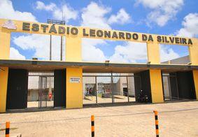 Estádio Leonardo Vinagre da Silveira, conhecido como Estádio da Graça, no bairro Cruz das Armas.
