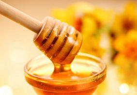 O mel é mesmo mais saudável do que o açúcar? Descubra