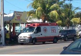 Teto de restaurante desaba e deixa funcionários feridos, na Paraíba