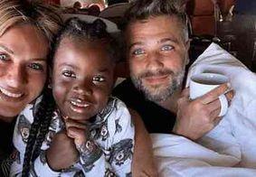 Bruno Gagliasso e Giovanna Ewbank adotam menino de 4 anos na África