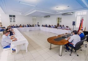 Após tomar posse, prefeito Cícero Lucena reúne secretariado neste sábado (2)