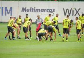 Separados por 500 metros, Flamengo e River chegam a Lima