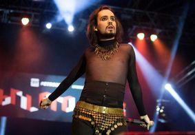 """""""Jesus é travesti"""": Internautas compartilham post sobre morte do cantor que usou a frase"""