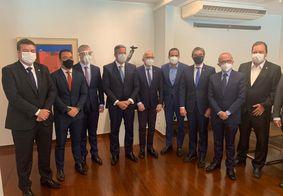 Prefeito de João Pessoa se reúne com presidente da Câmara Federal e ministros