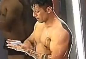 Fãs aprovam cirurgia íntima de Tiago Piquilo após vê-lo tomando banho em 'A Fazenda'