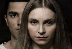 A Menina Que Matou os Pais – O lado humano de um monstro em true crime primoroso