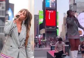 Eliminada do 'De Férias com o Ex Celebs' canta no meio da Times Square