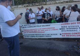 Ação de enfermeiros pede melhorias e lembra profissionais mortos por Covid-19, na PB