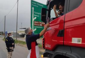 PRF-PB adere campanha que oferece alimento e produtos de higiene a caminhoneiros; veja
