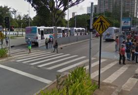 Manifestantes interditam acesso às plataformas de ônibus no Centro de João Pessoa