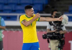 Paulinho marcou o quarto gol do Brasil nesta quinta (22)