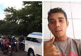 Corpo de torcedor espancado no RN é sepultado sob comoção em João Pessoa