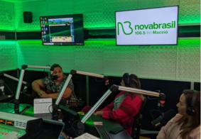 Nova Brasil FM Maceió celebra aniversário de um ano com programação especial
