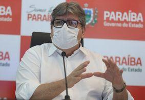 Governador João Azevêdo durante discurso na Paraíba.