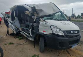 Van ficou muito danificada
