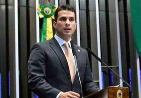 Senador Irajá, filho de Kátia Abreu, presta depoimento após ser acusado de estuprar modelo