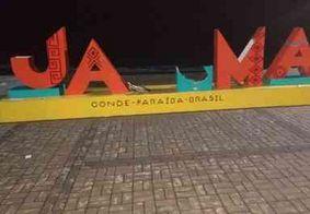 Letreiro de ponto turístico na Paraíba é parcialmente destruído