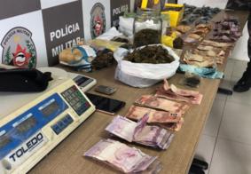 Vídeo: Polícia militar apreende drogas e dinheiro durante operações em bairros de João Pessoa