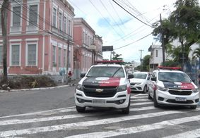 Jovem é assassinado a tiros em frente à igreja em João Pessoa