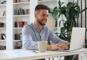 Os cursos são nas áreas de Administração, Financeira e Logística