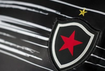 Botafogo-PB lança camisa em comemoração aos 90 anos do clube