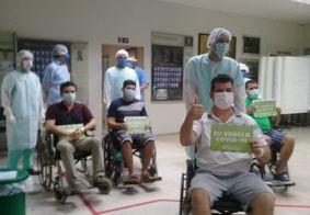 Quatro pacientes de Manaus com Covid-19 recebem alta no HU de João Pessoa